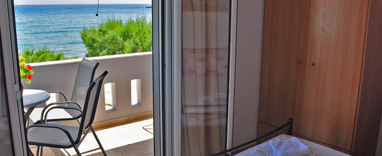 Makrigialos sea view apartments studios and family Holidays